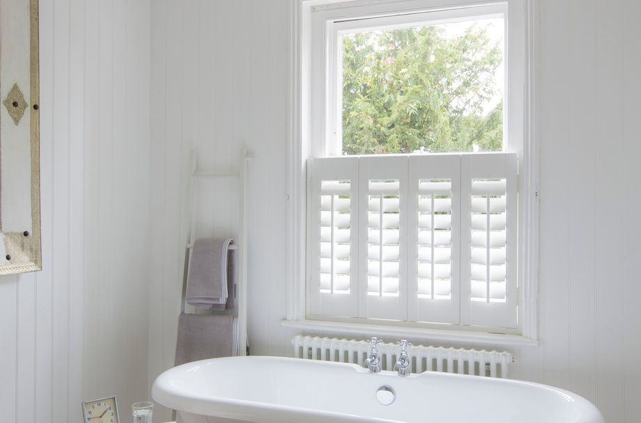 Interior shutters - Plantation shutters for bathroom ...