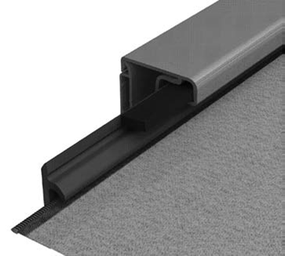 Screen fabric with welded zipper in side guiding channel