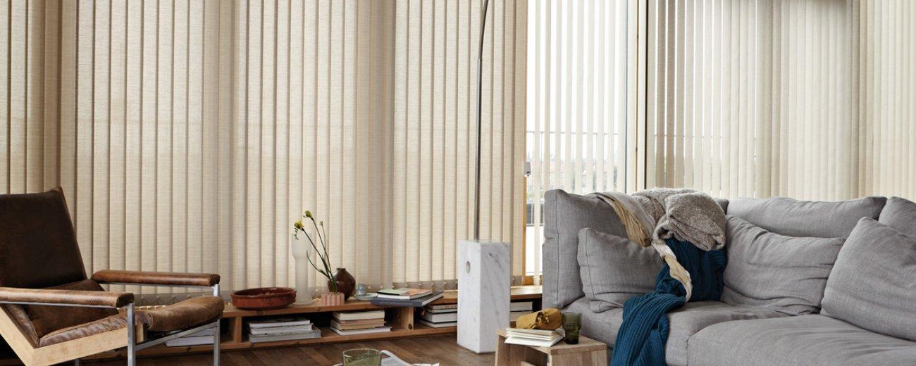 luxaflex verticale lamellen interesting shades luxaflex. Black Bedroom Furniture Sets. Home Design Ideas